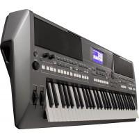 YAMAHA PSR-S670 синтезатор