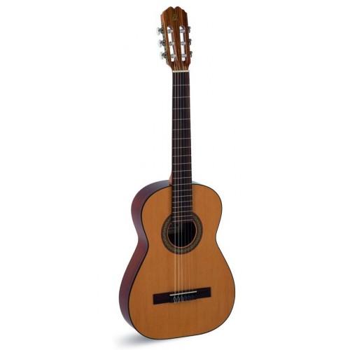 Admira Fiesta классическая гитара