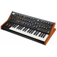 Moog Subsequent 37 аналоговый синтезатор