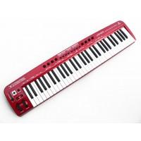 Behringer UMX610 MIDI-клавиатура